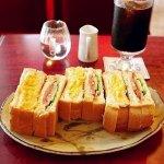 築地 レンガ 喫茶店 とろとろ卵サンド カフェ ホットサンドトースト