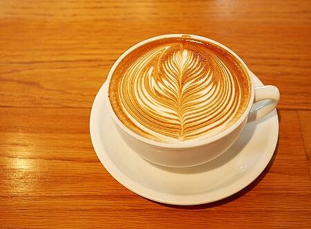 ストリーマー コーヒー カンパニー ラテアート チャンピオン カフェ STREAMER COFFEE COMPANY 茅場町店 ストリーマーラテ