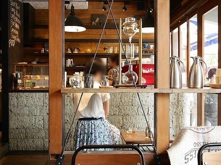 門前仲町 おすすめカフェ MONZ CAFE モンズカフェ 内観