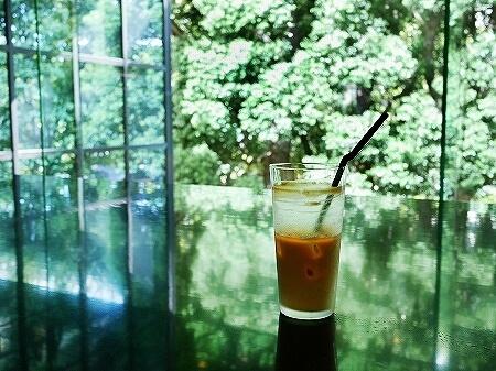 コーネルコーヒー  CONNEL COFFEE 青山一丁目 おすすめカフェ カフェラテ