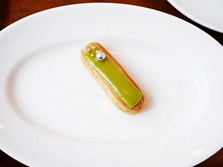 アンダーズ東京 ペストリーショップ ホテル カフェ Pastry Shop ミニエクレア 洋梨