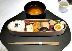 銀座 SHISEIDO THE TABLES シセイドウ ザ テーブルズ 資生堂 カフェ 古来種野菜のお弁当 ランチ