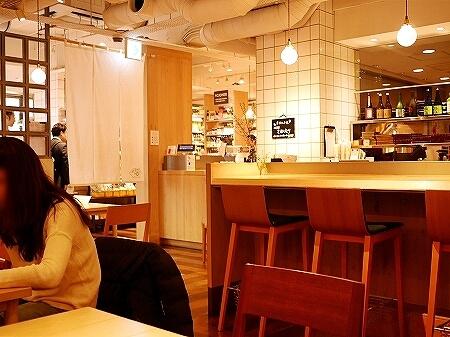 銀座 AKOMEYA厨房 アコメヤ レストラン ランチ 店内