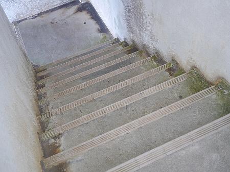 宮古島旅行記 来間島 来間大橋 観光 タクシー 竜宮城展望台 階段