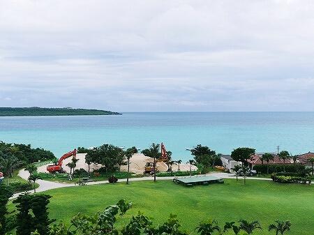 宮古島東急ホテル&リゾーツ 室内 オーシャンウィング 宮古島旅行記 ブログ 眺め 眺望 景色 曇りの日