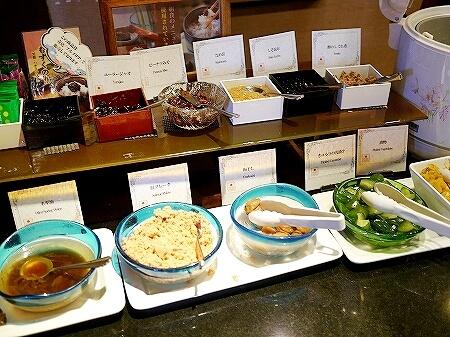 宮古島旅行記 宮古島東急ホテル&リゾーツ シャングリ・ラ 朝食ビュッフェ バイキング ご飯のお供 もずく海苔