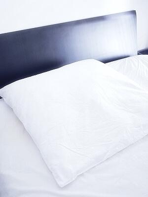 フォスフレイクスピロー  ハーフボディ枕 クラシック 正方形 80×80 おすすめ枕 ハーフボディピロー 腰が痛くない