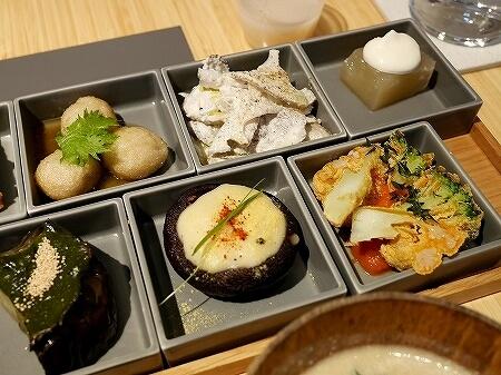 銀座 REVIVE KITCHEN THREE HIBIYA スリーのレストランで お膳PLATTER ランチ ミッドタウン日比谷 リバイブ キッチン スリー