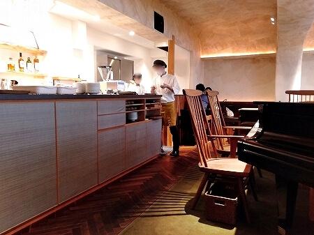 アプリ menu メニュー テイクアウト 椿サロン 銀座 北海道ほっとけーきサンド バナナ パンケーキ ブログ 口コミ 店内