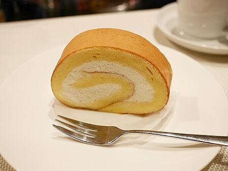 銀座 おすすめケーキ屋さん パティスリーカメリア ケーキ マカロン ほうじ茶ロールケーキ イケメンパティシエ 銀座ロールケーキ
