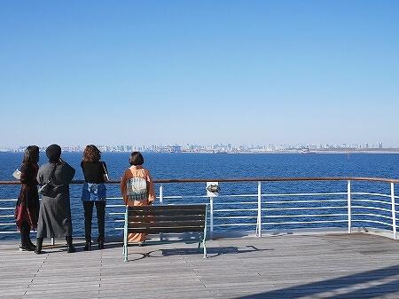 シンフォニークルーズのランチクルーズ 船内の様子 東京湾 展望クロワッサンセット ブログ 口コミ レビュー コロナ後 モデルナ 景色 屋上デッキ