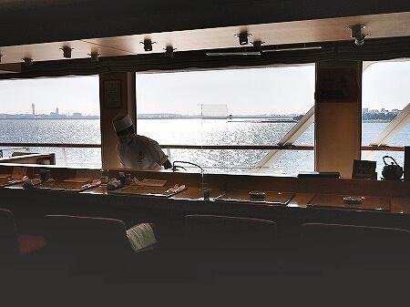 シンフォニークルーズのランチクルーズ 待合室や船内の様子 東京湾 展望クロワッサンセット ブログ 口コミ レビュー コロナ後 モデルナ 寿司カウンター 寿司ダイニング海音