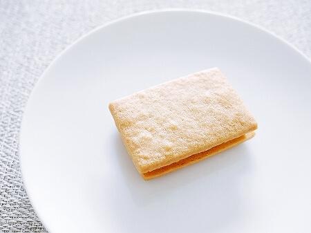 パレスホテル東京 オンラインショップ ポルポロン 黒糖きなこサブレ オレンジウィッチ ブログ 口コミ レビュー 感想