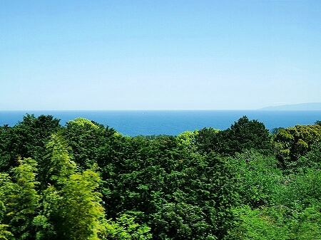 サフィール踊り子 4人用個室 車内 ブログ 口コミ レビュー 乗車記 伊豆熱川旅行記 画像 写真 景色 眺め 海