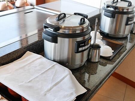 伊豆ホテル リゾート&スパ宿泊記 朝食 レストラン 洋食 和食 ビュッフェ 伊豆熱川旅行記 味噌汁 スープ