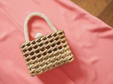 ARANAZ mini bag アラナス ミニバッグ ブログ 口コミ ウッドビーズ ホワイト アラナズ Luna Woven Clutch Bag LUNA